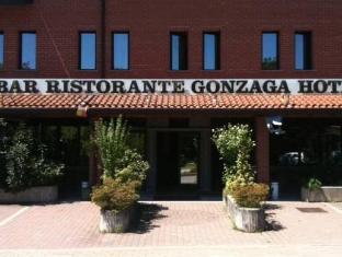 /de-de/hotel-gonzaga/hotel/cantello-it.html?asq=jGXBHFvRg5Z51Emf%2fbXG4w%3d%3d