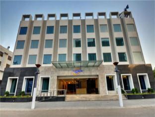 /da-dk/platinum-hotel/hotel/rajkot-in.html?asq=jGXBHFvRg5Z51Emf%2fbXG4w%3d%3d