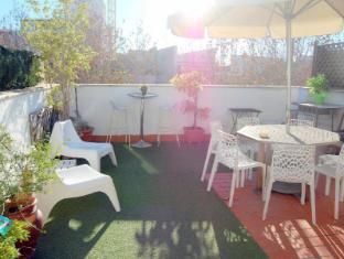 /pt-br/the-spot-central-hostel/hotel/seville-es.html?asq=jGXBHFvRg5Z51Emf%2fbXG4w%3d%3d