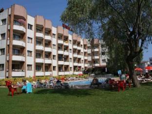 /cs-cz/aparthotel-las-mariposas/hotel/lloret-de-mar-es.html?asq=jGXBHFvRg5Z51Emf%2fbXG4w%3d%3d