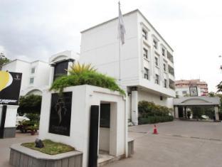 /ar-ae/hotel-green-park-hyderabad/hotel/hyderabad-in.html?asq=jGXBHFvRg5Z51Emf%2fbXG4w%3d%3d