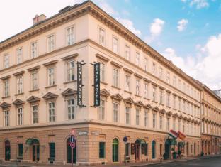 /ja-jp/zenit-budapest-palace/hotel/budapest-hu.html?asq=jGXBHFvRg5Z51Emf%2fbXG4w%3d%3d