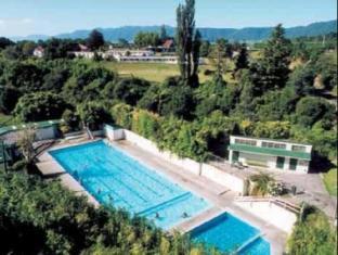 /de-de/opal-hot-springs-holiday-park/hotel/matamata-nz.html?asq=jGXBHFvRg5Z51Emf%2fbXG4w%3d%3d