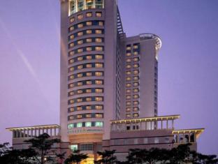 /da-dk/shantou-junhua-haiyi-hotel/hotel/shantou-cn.html?asq=jGXBHFvRg5Z51Emf%2fbXG4w%3d%3d