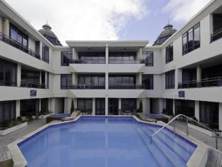 The Anchorage Apartments