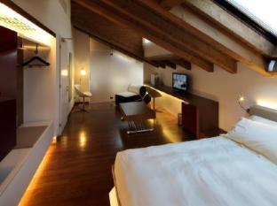 /cs-cz/relais-ca-sabbioni/hotel/mira-it.html?asq=jGXBHFvRg5Z51Emf%2fbXG4w%3d%3d