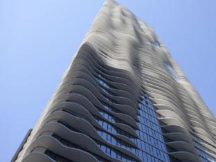 /de-de/radisson-blu-aqua-hotel-chicago/hotel/chicago-il-us.html?asq=jGXBHFvRg5Z51Emf%2fbXG4w%3d%3d