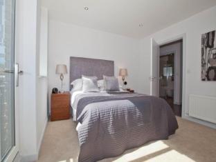 One White's Row Apartments