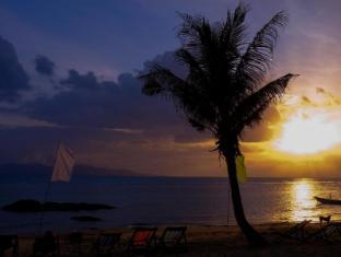 Thaniza Beachfront Resort