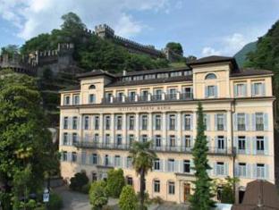 /en-sg/bellinzona-youth-hostel/hotel/bellinzona-ch.html?asq=jGXBHFvRg5Z51Emf%2fbXG4w%3d%3d