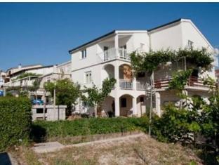 /ca-es/apartments-rooms-sb/hotel/neum-ba.html?asq=jGXBHFvRg5Z51Emf%2fbXG4w%3d%3d