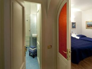 /ar-ae/lia-rooms/hotel/la-spezia-it.html?asq=jGXBHFvRg5Z51Emf%2fbXG4w%3d%3d