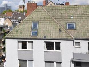 /de-de/hostel-die-wohngemeinschaft/hotel/cologne-de.html?asq=jGXBHFvRg5Z51Emf%2fbXG4w%3d%3d