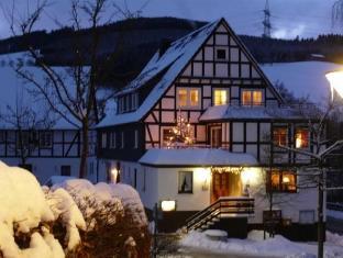 /de-de/gasthof-zur-post/hotel/schmallenberg-de.html?asq=jGXBHFvRg5Z51Emf%2fbXG4w%3d%3d