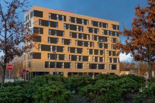 /nb-no/meininger-hotel-frankfurt-main-airport/hotel/frankfurt-am-main-de.html?asq=jGXBHFvRg5Z51Emf%2fbXG4w%3d%3d