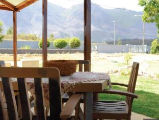 /bg-bg/a-hilltop-country-retreat/hotel/swellendam-za.html?asq=jGXBHFvRg5Z51Emf%2fbXG4w%3d%3d