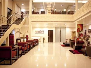 Hotel Sara Regency