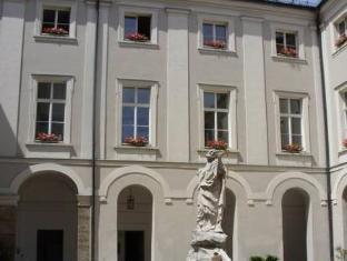 /ar-ae/gastehaus-im-priesterseminar-salzburg/hotel/salzburg-at.html?asq=jGXBHFvRg5Z51Emf%2fbXG4w%3d%3d