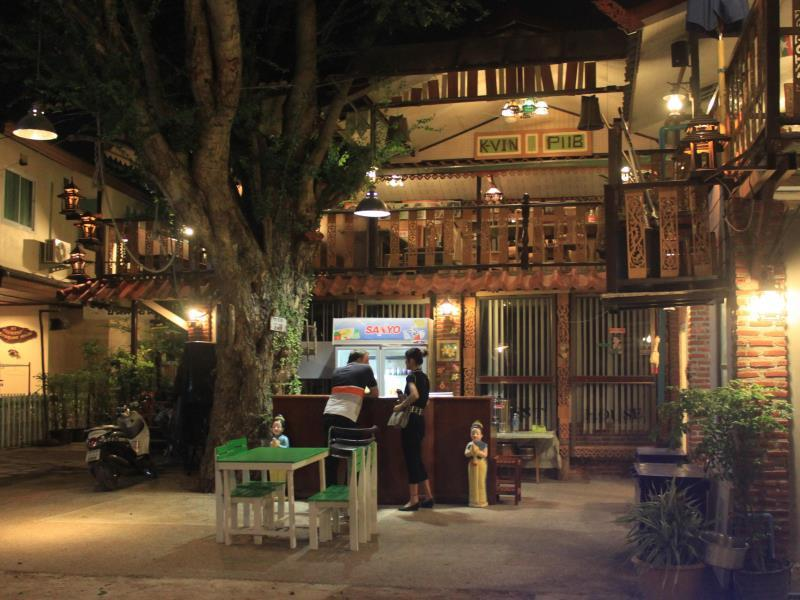 mekong riverside guesthouse