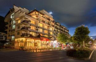 /da-dk/michael-s-inn-suites-yangshuo/hotel/yangshuo-cn.html?asq=jGXBHFvRg5Z51Emf%2fbXG4w%3d%3d