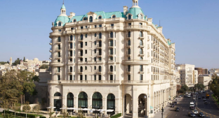 /en-sg/four-seasons-hotel-baku/hotel/baku-az.html?asq=jGXBHFvRg5Z51Emf%2fbXG4w%3d%3d
