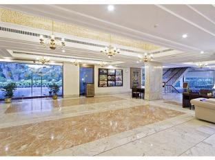 /bg-bg/clarks-avadh/hotel/lucknow-in.html?asq=jGXBHFvRg5Z51Emf%2fbXG4w%3d%3d