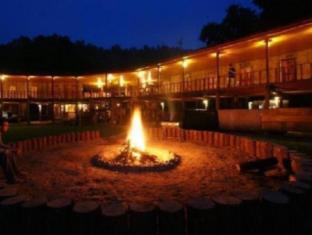 /ar-ae/karen-hill-tribe-lodge/hotel/mae-chaem-th.html?asq=jGXBHFvRg5Z51Emf%2fbXG4w%3d%3d