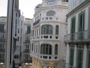 /bg-bg/apartamentos-debambu/hotel/malaga-es.html?asq=jGXBHFvRg5Z51Emf%2fbXG4w%3d%3d