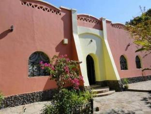 /ca-es/nubian-holiday-house-aswan/hotel/aswan-eg.html?asq=jGXBHFvRg5Z51Emf%2fbXG4w%3d%3d