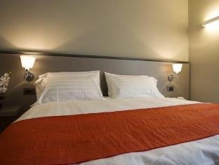 /da-dk/zara-rooms-suites/hotel/suzzara-it.html?asq=jGXBHFvRg5Z51Emf%2fbXG4w%3d%3d