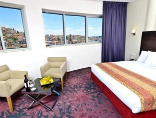 /ar-ae/golden-crown-old-city-hotel/hotel/nazareth-il.html?asq=jGXBHFvRg5Z51Emf%2fbXG4w%3d%3d