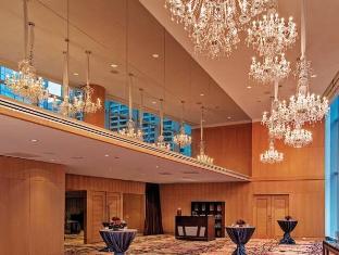 /nb-no/shangri-la-hotel-toronto/hotel/toronto-on-ca.html?asq=jGXBHFvRg5Z51Emf%2fbXG4w%3d%3d