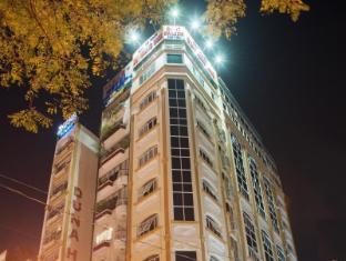Dragon Palace Hotel