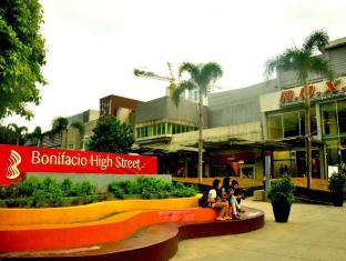 The Fort Budget Hotel - Bonifacio Global City