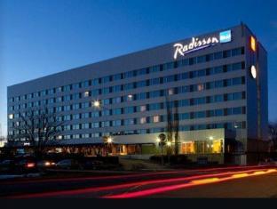 /de-de/radisson-blu-hotel-oulu/hotel/oulu-fi.html?asq=jGXBHFvRg5Z51Emf%2fbXG4w%3d%3d