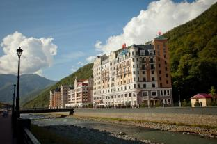 /de-de/azimut-hotel-freestyle-rosa-khutor/hotel/estosadok-ru.html?asq=jGXBHFvRg5Z51Emf%2fbXG4w%3d%3d