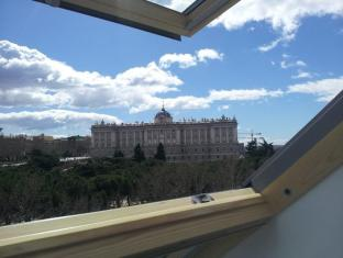 /da-dk/woo-travelling-plaza-de-oriente-homtel/hotel/madrid-es.html?asq=jGXBHFvRg5Z51Emf%2fbXG4w%3d%3d