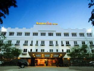 /id-id/nagoya-one-hotel/hotel/batam-island-id.html?asq=jGXBHFvRg5Z51Emf%2fbXG4w%3d%3d