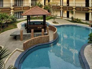 /ca-es/yusro-hotel-restaurant-convention/hotel/jombang-id.html?asq=jGXBHFvRg5Z51Emf%2fbXG4w%3d%3d