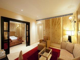 فندق جراند، بالاتينو