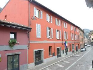 /ar-ae/hotel-borgo-antico/hotel/como-it.html?asq=jGXBHFvRg5Z51Emf%2fbXG4w%3d%3d