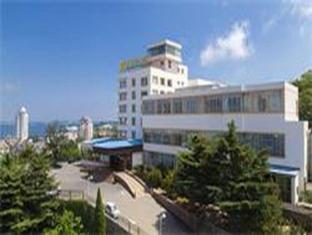 /da-dk/yantai-celebrity-hotel/hotel/yantai-cn.html?asq=jGXBHFvRg5Z51Emf%2fbXG4w%3d%3d