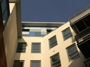 /hi-in/kspace-serviced-apartments-leeds-waterloo-court/hotel/leeds-gb.html?asq=jGXBHFvRg5Z51Emf%2fbXG4w%3d%3d