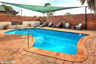 /ca-es/tuncurry-motor-lodge/hotel/forster-au.html?asq=jGXBHFvRg5Z51Emf%2fbXG4w%3d%3d