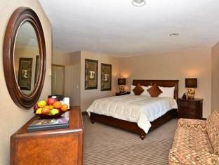 /ca-es/the-beach-retreat-lodge-at-tahoe/hotel/south-lake-tahoe-ca-us.html?asq=jGXBHFvRg5Z51Emf%2fbXG4w%3d%3d