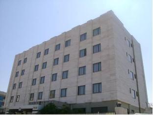 /cs-cz/hotel-7-mari/hotel/bari-it.html?asq=jGXBHFvRg5Z51Emf%2fbXG4w%3d%3d