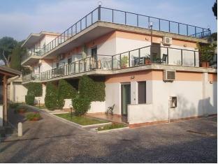 /da-dk/miramare-residence-guest-house/hotel/pozzuoli-it.html?asq=jGXBHFvRg5Z51Emf%2fbXG4w%3d%3d