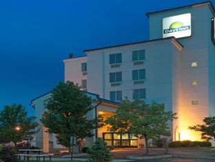 /cs-cz/days-inn-pittsburgh-international-airport/hotel/pittsburgh-pa-us.html?asq=jGXBHFvRg5Z51Emf%2fbXG4w%3d%3d