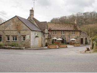 /it-it/the-white-hart/hotel/castle-combe-gb.html?asq=jGXBHFvRg5Z51Emf%2fbXG4w%3d%3d
