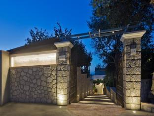 /en-sg/capri-wine-hotel/hotel/capri-it.html?asq=jGXBHFvRg5Z51Emf%2fbXG4w%3d%3d